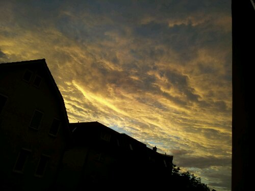 Der Himmel über Zuffenhausen