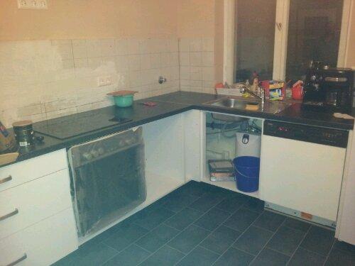 Großprojekt Küche: Die Unterschränke stehen…
